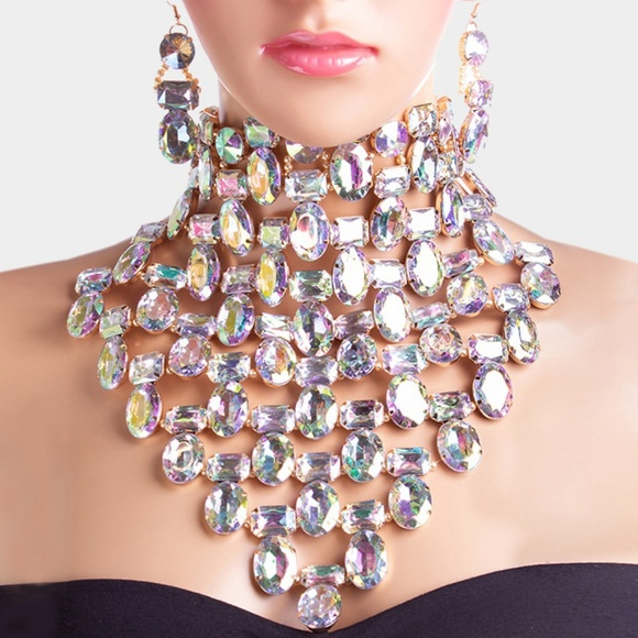 Jewelry - Faceted Crystal Collar Bib Choker Necklace